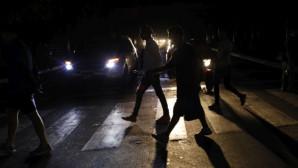 Στο σκοτάδι η Βενεζουέλα