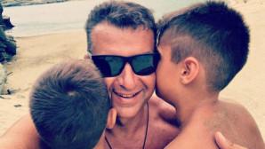 Ο Γιώργος Λιάγκας και οι γιοι του
