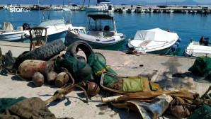 Εθελοντέςδύτες ανέσυραν από τον βυθό τόνους σκουπιδιών