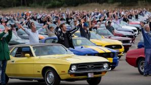 1.326 Ford Mustang Κονβόι