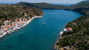 Λιμάνι του Γέρακα στη Λακωνία