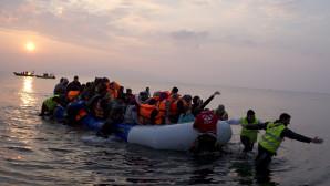 μετανάστες στη Λέσβο