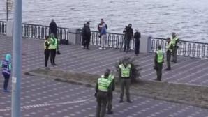 αστυνομία στη γέφυρα του Κιέβου