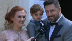 Γιώργος Χειμωνέτος - Εύα Μουρτζάκη με τον γιο τους