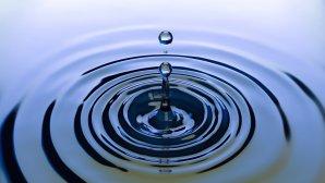 ζεστό νερό