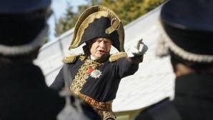 Ο Όλεγκ Σοκόλοφ ντυμένος Ναπολέοντας