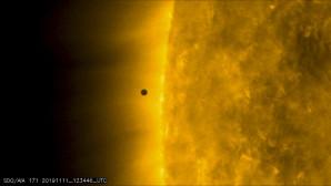 Η διάβαση του Ερμή μπροστά από τον Ήλιο