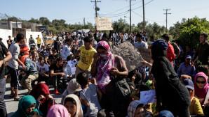 Μετανάστες στο Κέντρο Υποδοχής και Ταυτοποίησης στην Μόρια της Λέσβου