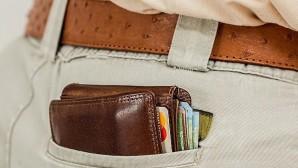 Λεφτά σε τσέπη
