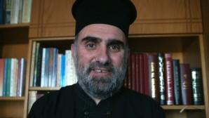 o ιερέας Ηλίας Μάκος