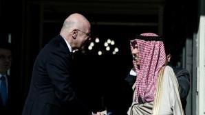 Νίκος Δένδιας με υπουργό Εξωτερικών Σαουδικής Αραβίας