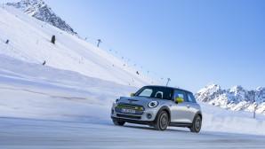 MINI Electric χιονισμένες πλαγιές Αυστρία αυτονομία