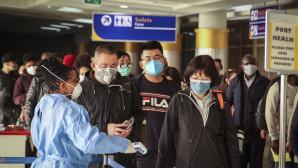 Κινέζοι επιβάτες σε αεροπορική πτήση