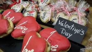 Μπισκότα σε σχήμα καρδούλας