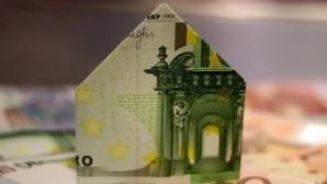 Σπιτάκι από χαρτονόμισμα