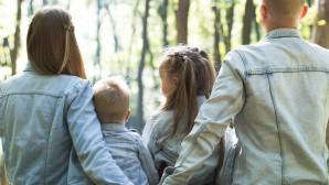 Οικογένεια στο δάσος