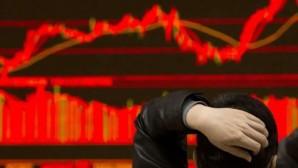 Ταμπλό χρηματιστηρίου στο «κόκκινο»