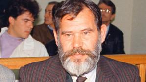 Ο Νίκος Κοεμτζής