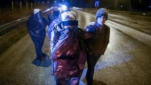 Μάχη με τους μετανάστες στον Έβρο