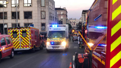 Πυρκαγιά σε κτίριο στο Παρίσι: Σε κρίσιμη κατάσταση 5 παιδιά