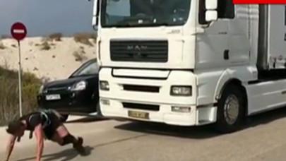 O Νίκος Πολίτης έσυρε φορτηγό 14,5 τόνων