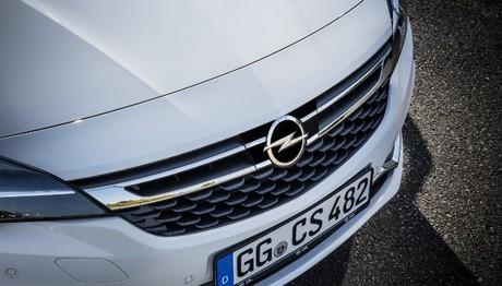 H τελευταία γενιά Adaptive Cruise Control για το Opel Astra