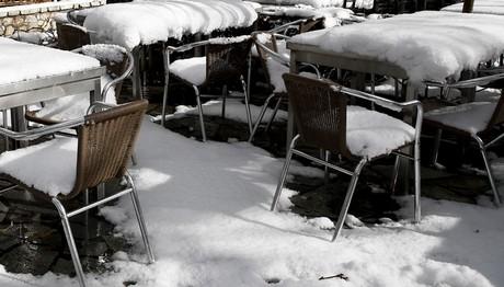 Παγετός στο Πήλιο-Μισό μέτρο χιόνι σε Αλόννησο και Σκόπελο! ΦΩΤΟ