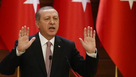 """""""ΜΠΟΥΡΛΟΤΟ""""-«Η Κύπρος είναι τουρκική, όποιος την θέλει,θα την πάρει με ΑΙΜΑ»"""