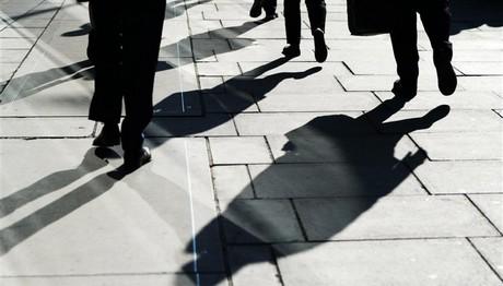 Οργιάζει η μαύρη εργασία! Το 39% των επιχειρήσεων παραβίασε τη νομοθεσία