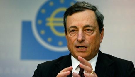 Ντράγκι:  Θα διατηρήσουμε την ποσοτική χαλάρωση (QE)  λόγω των φόβων για την πολιτική Τραμπ
