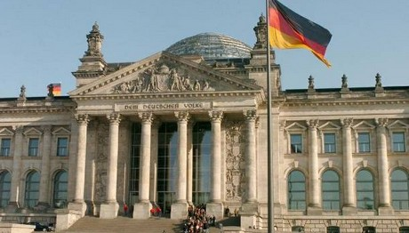 Δημοσκόπηση ΚΟΛΑΦΟΣ: Το 52% των Γερμανών θέλει Grexit!