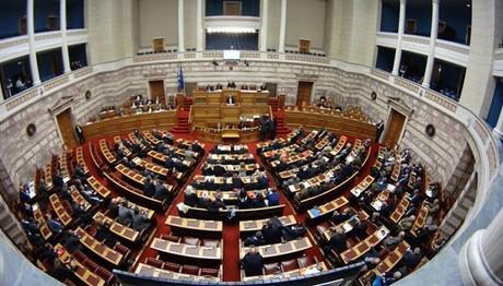 Βουλευτές της ΝΔ εναντίον κυβέρνησης: Κάνουν κατά συρροή εμπαιγμό με ΕΦΚΑ και ασφαλιστικό