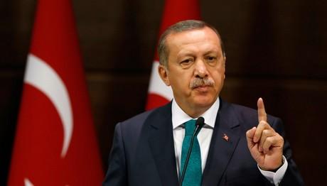 Ερντογάν: «Δεν φτάνει η δύναμή σας να πάρετε τη ζωή μου»