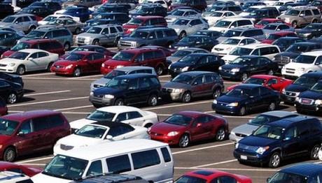 Έκρηξη στις αγορές νέων αυτοκίνητων: Που οφείλεται η αύξηση 58,2% τον Φεβρουάριο