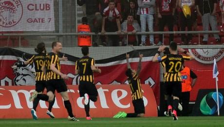 Η ΑΕΚ επικράτησε με σκορ 2-1 του Ολυμπιακού στο «Γ. Καραϊσκάκης»