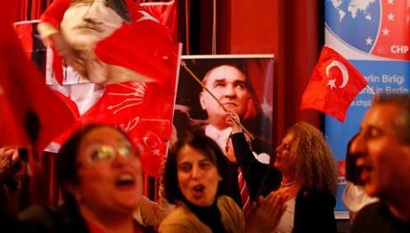 Τουρκία: Τελικό αποτέλεσμα 51,08% ΝΑΙ - 48,92% ΟΧΙ