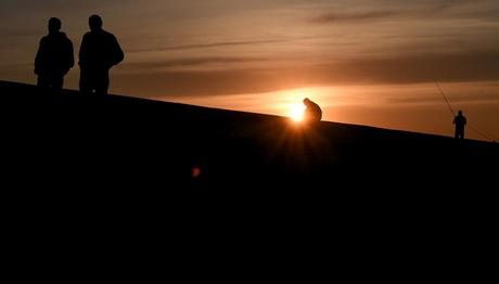 Ηλιοβασίλεμα στην παραλία του Αλίμου
