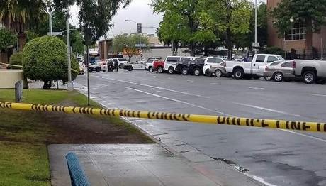 ΕΠΙΘΕΣΗ με πυροβολισμούς στην Καλιφόρνια- 3 νεκροί μέσα σ
