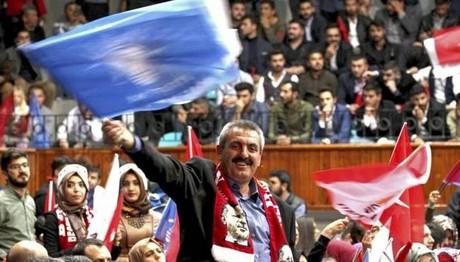 Πρώτη δημοσκόπηση στην Τουρκία μετά το δημοψήφισμα