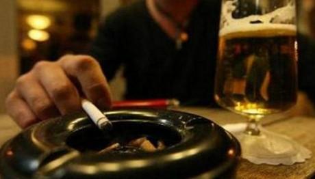 «Τι θα γίνει πια με το κάπνισμα στους κλειστούς χώρους;»: Βουλευτής «κράζει» κυβέρνηση και Πολάκη!