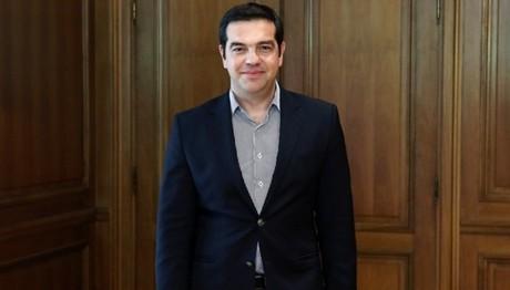 Tσίπρας: Η βελτίωση στις σχέσεις κράτους - πολίτη βασίζεται στην καλύτερη ενημέρωση