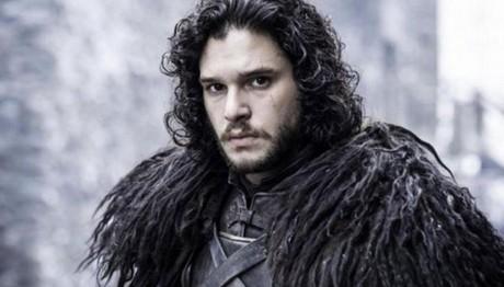 Ο «Τζον Σνόου» του Game of Thrones κάνει διακοπές στις Σπέτσες!