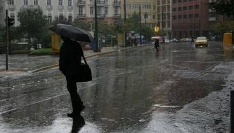 Βροχές, καταιγίδες και χαλάζι σε όλη τη χώρα