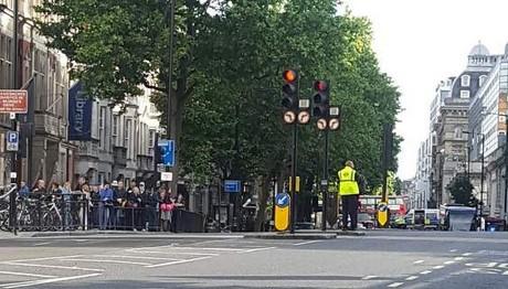 Λήξη συναγερμού στο Λονδίνο για ύποπτο δέμα