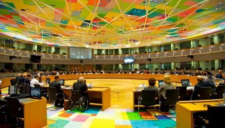 Και ΕΠΙΣΗΜΑ στο Eurogroup της Δευτέρας το ζήτημα του ελληνικού χρέους