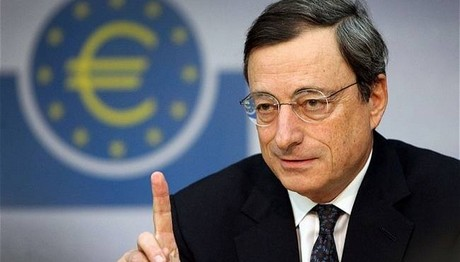 Τι απαντά ο Ντράγκι για το αν και πότε η ΕΚΤ θα εντάξει την Ελλάδα στην ποσοτική χαλάρωση!