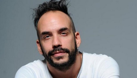Ο Πάνος Μουζουράκης είναι ο παρουσιαστής του ColourDayFestival 2017
