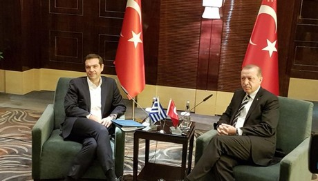 Anadolu: O Ερντογάν ζήτησε από τον Τσίπρα «να λύσει» το θέμα των 8 που ζήτησαν άσυλο!