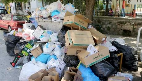 Ο Μπουτάρης ανέθεσε την αποκομιδή σκουπιδιών σε ιδιώτες - Ο ΟΤΑ Θεσσαλονίκης ζητά να ανακαλέσει
