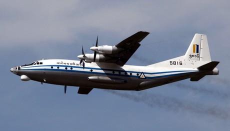 Βρέθηκαν ΣΥΝΤΡΙΜΜΙΑ του στρατιωτικού αεροσκάφους στη θάλα